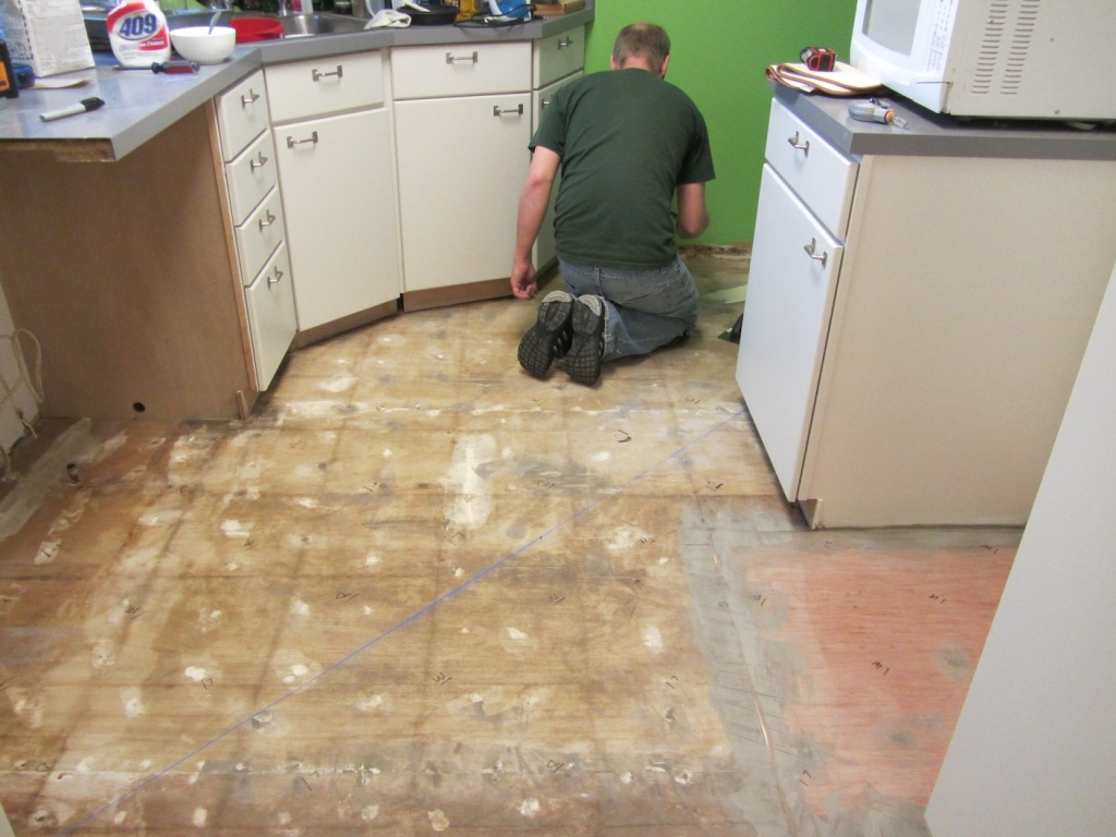 Marking Out Tile Pattern